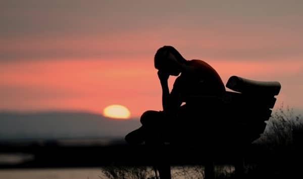 โรคซึมเศร้า (Depression) : อาการ สาเหตุ การรักษา