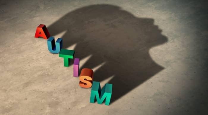 ออทิสซึ่ม (Autism) : อาการ สาเหตุ การรักษา