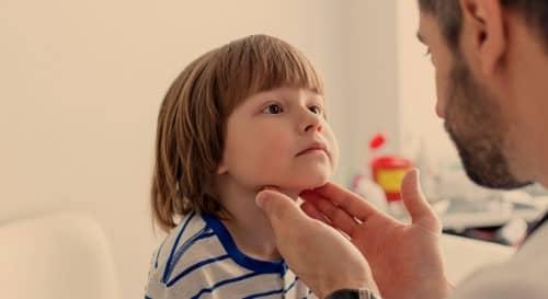 คางทูม (Mumps) : อาการ สาเหตุ การรักษา