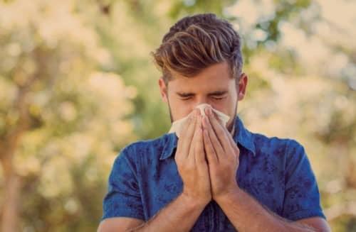 จาม (Sneeze) : อาการ สาเหตุ การรักษา