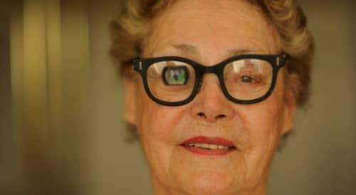 โรคจอประสาทตาเสื่อม (Macular Degeneration) : อาการ สาเหตุ การรักษา
