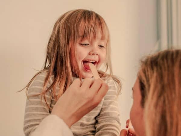 คันคอ (Itchy Throat) : อาการ สาเหตุ และการรักษา