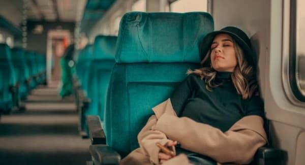 โรคลมหลับ (Narcolepsy) : อาการ สาเหตุ การรักษา