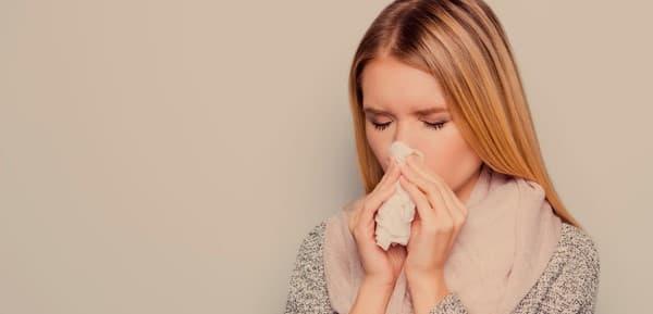 น้ำมูกไหล (Runny Nose) : อาการ สาเหตุ การรักษา