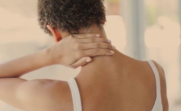 โรคไฟโบรมัยอัลเจีย (Fibromyalgia) : อาการ สาเหตุ การรักษา