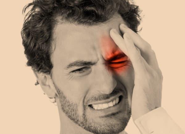ปวดหัวแบบคลัสเตอร์ (Cluster Headaches) : อาการ สาเหตุ การรักษา